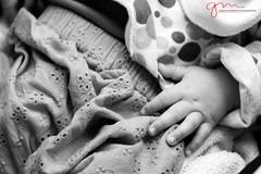 (Gabriele Marmotta) Tags: shadow bw baby black art love blancoynegro children blackwhite dad arte bn ombre da bianco amore bianconero a500 blackwhitephotos sonydslr alpha500