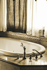 Vintage Tub (Images by April) Tags: