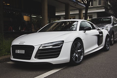 white V10 (Daviel Stosca) Tags: white switzerland zurich plus audi v10 r8 facelift 2013