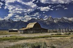 Grand Tetons Moulton Barn (al_g) Tags: tetons barn mountains wyoming moultonbarn clouds