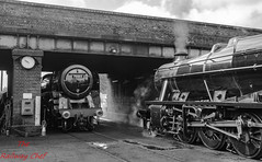 70013 & 48624 (LMSlad) Tags: great central railway loughborough 48624 70013 oliver cromwell riddles stanier lms br 462 280