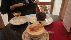 Drinks & Schneeball at Caf am Marktplatz (Simone on Vacation) Tags: europe germany rothenburg