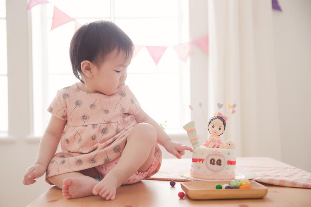 MooQ杯子蛋糕造型蛋糕寶寶生日Q版寶寶蛋糕