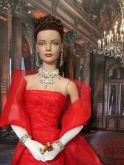 Pretty Woman Tribute21 (annesstuff) Tags: annesstuff doll fashiondoll tonnerdoll roberttonner sydneychase tylerwentworth prettywoman juliaroberts opera latraviata vivian