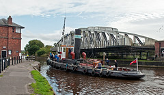 swinging open (midcheshireman) Tags: steam tug ship boat river weaver bridge swingbridge actonbridge cheshire kerne