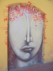 026 (en-ri) Tags: volto faccia viso face naso nose mouth bocca bianco rosso modena wall muro graffiti writing