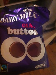 Snack - April 22 - Cadbury's Dairy Milk Giant Buttons (Two Fat Laddies) Tags: food giant blog buttons snack cadburys dairymilk twofatladdies uploaded:by=flickrmobile flickriosapp:filter=nofilter