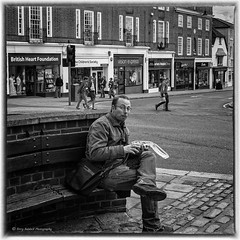 Mouthful.... (El Tel63..) Tags: street blackandwhite food lunch streetphotography surrey alfresco mouthful infocus reigate highquality