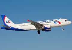 VP-BMT Ural Airlines Airbus A320-214 (Osdu) Tags: airplane airport aircraft aviation aeroplane airbus aviao flugzeug avin aereo spotting dme avion a320 avia vliegtuig flygplan planespotting   aeroplano lentokone  samolot uak flugvl domodedovo   luftfahrzeug lennuk    uralairlines uudd  letoun a320 fastvingefly vpbmt aroplanum
