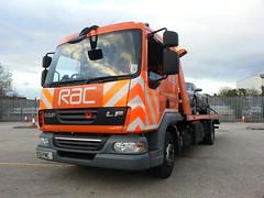 BT11FMC DAF RAC Flatbed Recovery truck at Stretford 29-04-2013 (furytingar) Tags: rescue orange truck champion breakdown rac recovery fully flatbed daf stretford motorists demountable slidebed bt11fmc