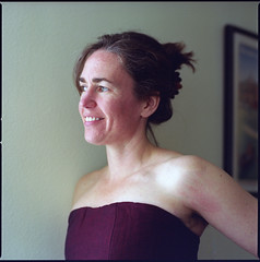 Sheryl (Summicron20/20) Tags: 6x6 zeiss kodak 5 version hasselblad wife f2 400uc fe expired portra planar 110mm 6x6cm 202fa