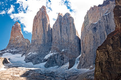 Gorgeous peeaks at Torres del Paine, Chile (BlindThirdEye) Tags: patagonia chile landscape granite mountainpeaks snow clouds heaven