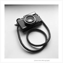 Plaubel Makina 670 (jasoncremephotography) Tags: ilford hp5 rolleinar rolleiflex rollei 28f xenotar 120 mediumformat blackandwhite monochrome selfdevelopment hc110 dilutionb cameraporn film filmcamera camera plaubelmaking670 plaubel makina 670