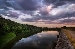 A orillas del Duero / Along the Douro (tmuriel67) Tags: river rioduero douro toro espaa spain zamora clouds colores colours nubes sunset atardecer reflejos reflections orton nikon outdoors ocaso nature