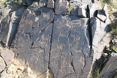 Khavtsagait - Petroglyphs (plutogno) Tags: petroglyph mongolia gobi desert rock carving