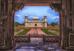 Tomb of I'timd-ud-Daulah (Fil.ippo) Tags: tjmahal itimduddaulah tomb agra mughal mausoleum india architecture filippo filippobianchi d610 islamic