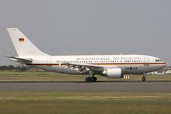 10+22 Airbus A.310-304 Luftwaffe (pslg05896) Tags: 1022 airbus a310 luftwaffe sxf eddb berlin schonefeld