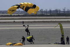 Precision Landing (dcnelson1898) Tags: marinecorpsairstationmiramar marinecorps marines sandiego california mcasmiramar 2016mcasmiramarairshow airshow airplanes jets helicopters usarmy goldenknightsparachuteteam leapfrogs usnavy freefall skydiving parachute airborne