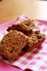 Fruit and nuts bars (mijke schaap) Tags: cookies fruit bar healthy nuts raisins cranberries almonds oat gezond koekjes haver noten havermout reep vigs vijgen rozijnen hazelnoten amandelen sesamzaad haselnuts
