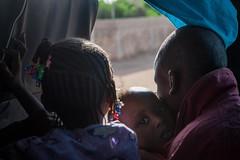 Longo caminho de volta para casa: o retorno de uma famlia a Timbuktu (AcnurLasAmricas) Tags: westafrica mali idps returnees voluntaryrepatriation returningidps