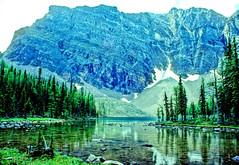 mountain lake - NK1817 (photos by Bob V) Tags: mountains rockies banff rockymountains banffnationalpark canadianrockies banffalberta banffpark banffalbertacanada