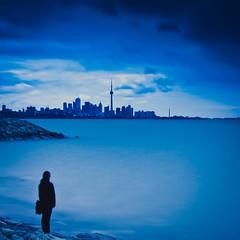 Toronto lookout (indian nomad) Tags: city urban toronto ontario skyline canon landscapes cityscape cities lightroom 40d indiablue indiablueca wwwindiablueca