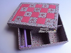 Porta Joias Mosaico Rosa (Line Artesanatos) Tags: caixa caixademadeira caixaforrada patchworkembutido
