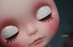 Hearth eyelids..