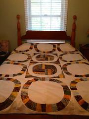 Quilt top on bed (LLfasrn) Tags: wedding quilt denyseschmidt weddingringquilt singlegirlquilt