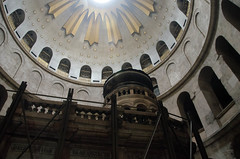 Edicule of the Tomb of Christ (jkozik) Tags: church israel jerusalem baroque romanesque churchoftheholysepulchre 2013 christianquarter oldcityofjerusalem