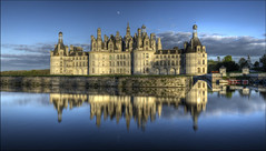 Moon over Chambord castle... (Hans Kool) Tags: old blue panorama france reflection tower castle water french reflecting ancient toren spiegel towers bluesky da chambord leonardo chateau moat vinci torens oud hdr chateaux kasteel reflectie spiegeling middeleeuws