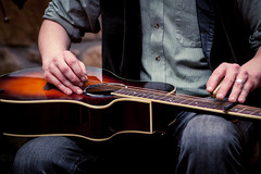 Slide (T_J_P) Tags: musician music canon eos guitar flash blues slide 5d bounce mkii bft 85mmf18 tomdale yn568ex tomdalemusic