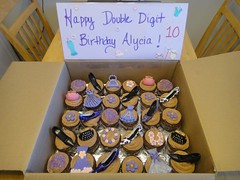Fashion cupcakes by Jen, Santa Cruz CA. www.birthdaycakes4free.com