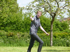 "Andypanda playing frisbee • <a style=""font-size:0.8em;"" href=""http://www.flickr.com/photos/76114232@N04/8931464844/"" target=""_blank"">View on Flickr</a>"
