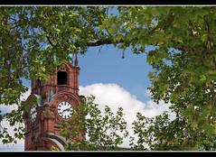 Wiesbaden Hauptbahnhof (Aviller71) Tags: clock architecture germany deutschland wiesbaden clocktower hauptbahnhof architektur