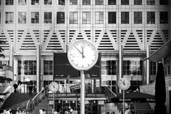 "Konstantin Grcic: ""Six Public Clocks"" (mahtieuc) Tags: london art londres angleterre canarywharf royaumeuni konstantingrcic"