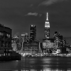 Manhattan at night (Diego Cambiaso) Tags: newyork night newjersey manhatta