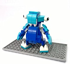 bob01 (chubbybots) Tags: lego alien mixels