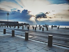 IMG_7214-01 (maurizio siani) Tags: trieste veneto 2016 estate vacanza canon s90 fotografia foto nuvole luce sole mare cit city atmosfera