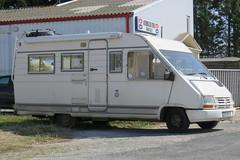 Renault Trafic Motorhome (Spottedlaurel) Tags: renault trafic