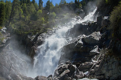 Cascate di La Thuille. Falls in La Thuille. (omar.flumignan) Tags: fall cascata roccie rocks mountain montagna acqua water tree albero natura nature valle valley aosta valdaosta canon eos 7d ef24105f4lisusm flickrtravelaward