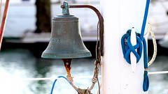 Bell AKKA (patrick_milan) Tags: rope cordage aussire accastillage buoy boue flotteur hublot porthole bout taquet latch poulie pulley ra palan saariysqualitypictures cloche bell