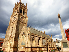 Newport Minster, Isle of Wight (photphobia) Tags: newport isleofwight rivermedina town uk buildings building buildingsarebeautiful architecture oldtown oldwivestale outdoor outside minster church churchtower tower