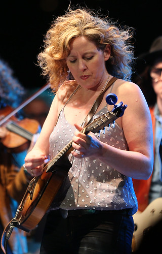 Amy Helm - The Midnight Ramble Band.