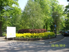 Nuneaton, Riversley Park Circular Flowerbed, Clinic Drive (ZacharyKent) Tags: park england geotagged town interesting europe unitedkingdom warwickshire 2012 nuneaton greenarea thebiggestgroup wikimapia interestingplace kodakeasysharez1285zoom flowerplantbed