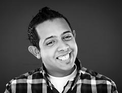 FAHAD (RAAD AL-QARNI) Tags: new portrait eye canon lens photo flickr photographer flash 5d jeddah f18 f28 ef 580ex facebook raad صور 70200mm جديد القرني speedlite صوره تصوير رعد cmera تصويري twitter بورتريه ابل فهد formspring استوديو المصور alqarni بورترية اضاءات استديو