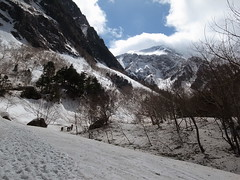 R0011056 (cafe_de_moto) Tags: mountain japan climbing goldenweek snowmountain alpineclimbing hodaka