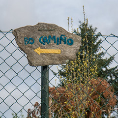 Bo Camio (Que Photo?) Tags: espaa paris galicia moment cabanas caminosantiago cartells lloc
