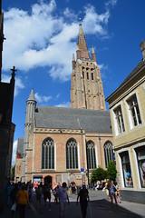 Bruges: Church of Our Lady (zug55) Tags: onzelievevrouwekerk churchofourlady church kerk kirche bruges brugge brügge flanders flandres flandern belgium belgique belgië belgien vlaanderen westflanders westvlaanderen unescoworldheritagesite worldheritagesite unesco welterbe werelderfgoed worldheritage patrimoniamundial patrimoinemondial weltkulturerbe