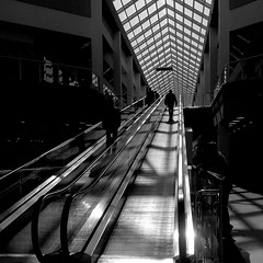 IMG_20160825_215559 (maxjust) Tags: bw blackandwhite чб mall movingstaircase escalator